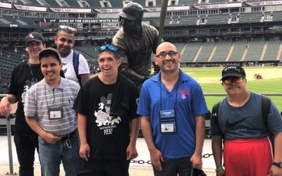 El Valor Friends & Family Cheer on the Chicago White Sox